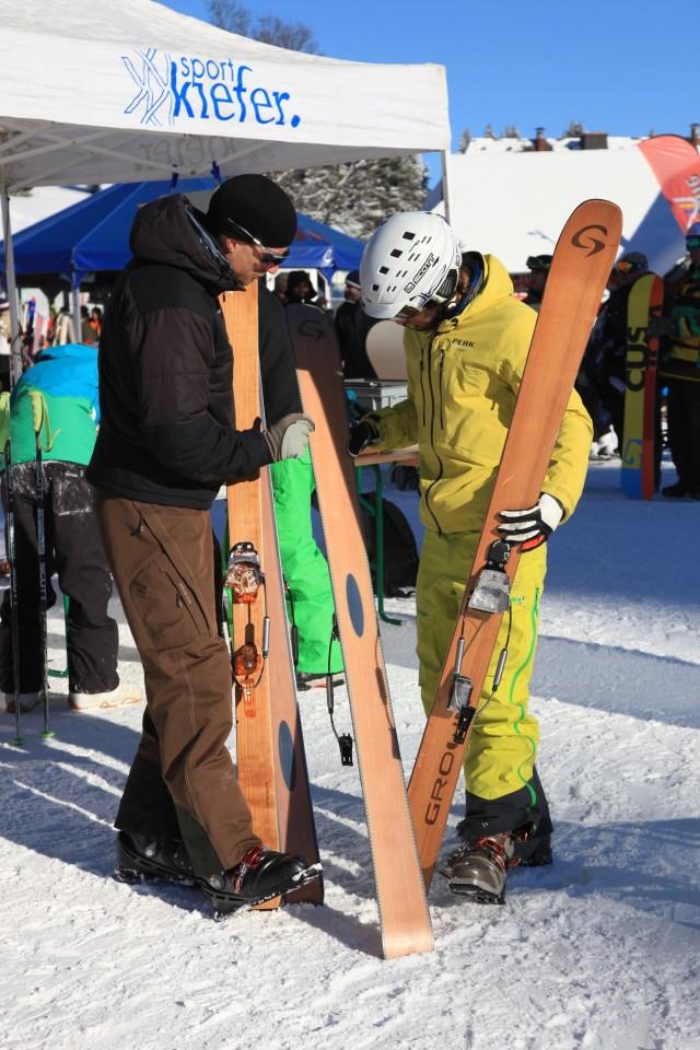 Testing Grown skis at the Telemark testival 'Freie Ferse Freies Holz' in the High Black Forest, Feldberg ski area on 23.1.2011
